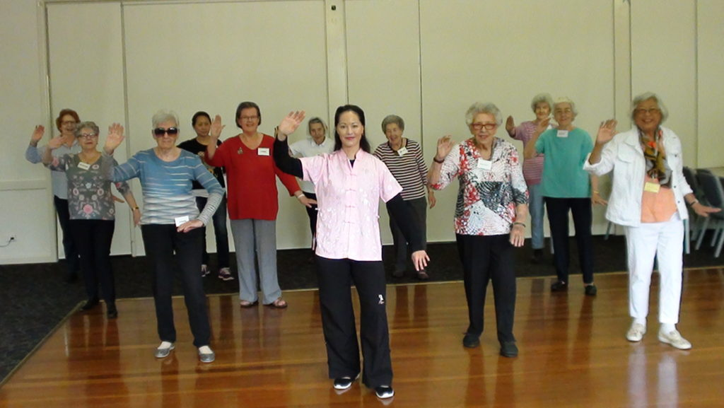 Photo of a tai chi class