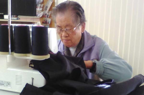 Mrs Wang photo-sewing-story
